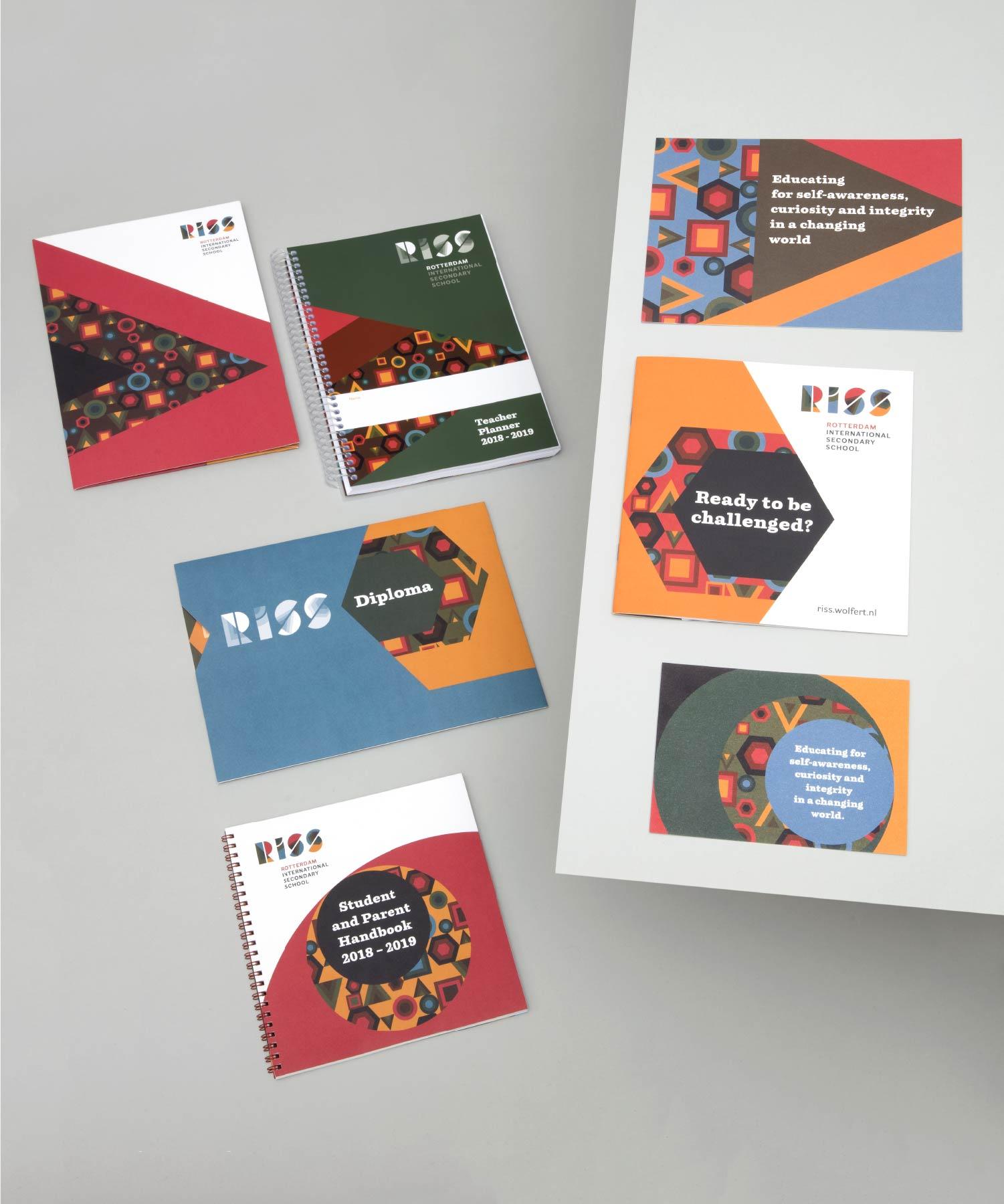 RISS Brochure Agenda Flyer Diploma M-space